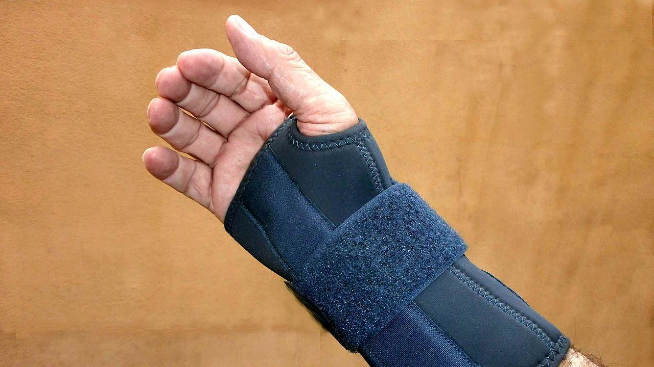 Wrist injury